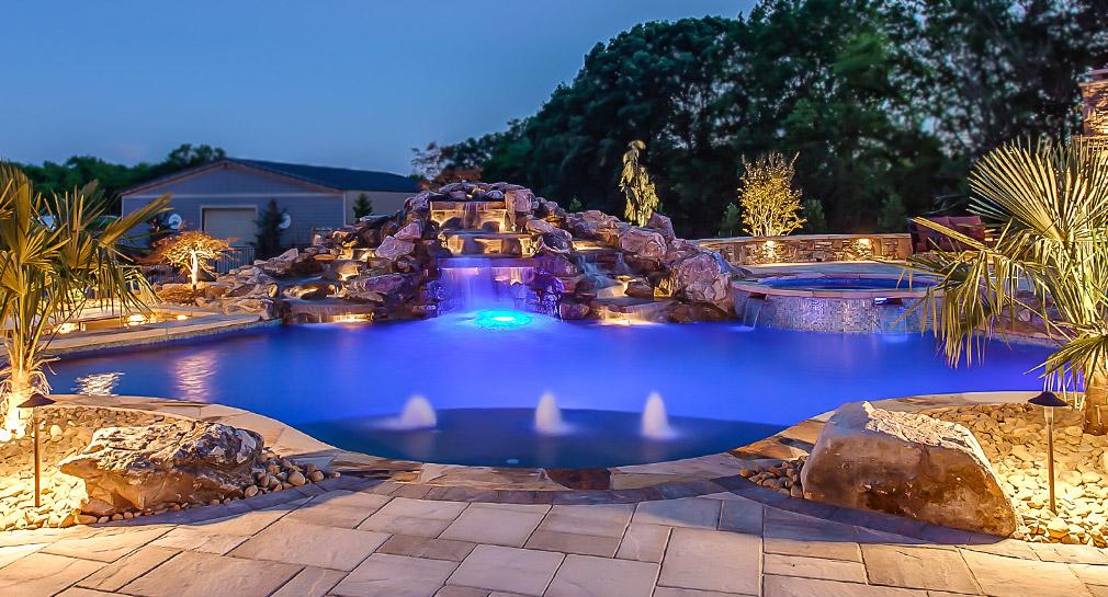 Amazing Saltwater Hot Tub Reviews Photograph Of Bathtub Decorative